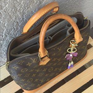 Louis Vuitton Bags - 🍁Louis Vuitton Alma PM Monogram handbag